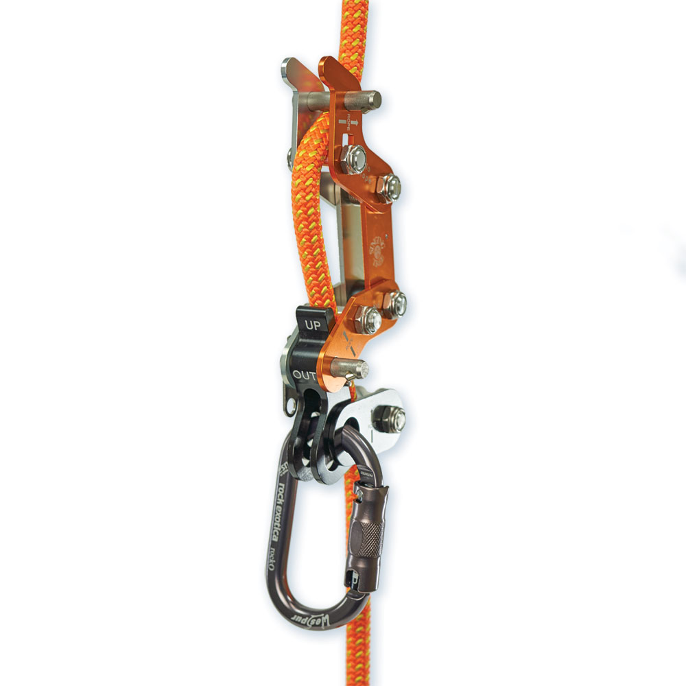Integrated Pulley Makes Tending the rope runner Smooth